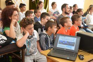 DSC 1353 web 300x200 - WWF obeležio Svetski dan migratornih vrsta riba u Prahovu